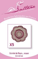 5 broderies rosaces