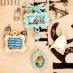 {Lady bird}Embell. metal vintage trinkets - Prima